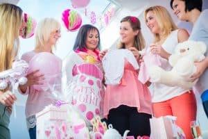 vriendinnen op een babyshower